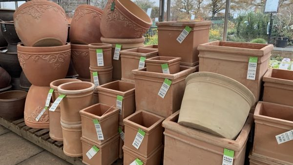 Terracotta Pots - Lealans Garden Centre